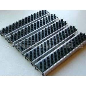 Notrax Входное грязеочищающее покрытие Status Heavy Effect | Алюминиевые решётки с грязезащитными вставками | Грязезащитные покрытия